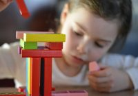 Dlaczego warto kupować zabawki wykonane z naturalnych materiałów?